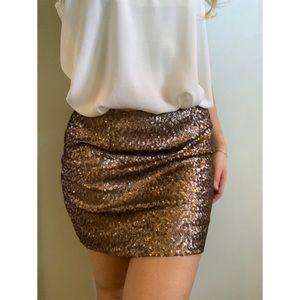 Size 0, Gap, golden brown sequin skirt